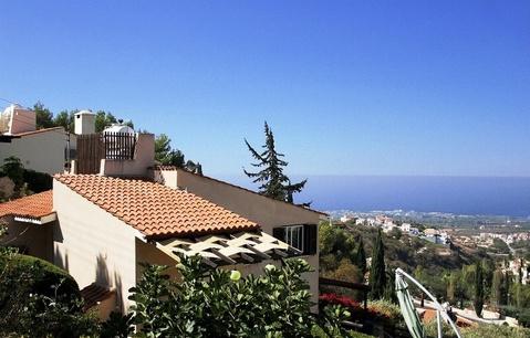 Замечательная 3-спальная Вилла с панорамным видом в пригороде Пафоса - Фото 1