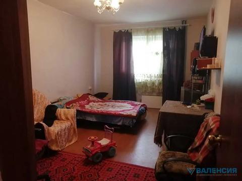 Объявление №52320669: Продаю комнату в 3 комнатной квартире. Санкт-Петербург, Героев пр-кт., 26 к2,