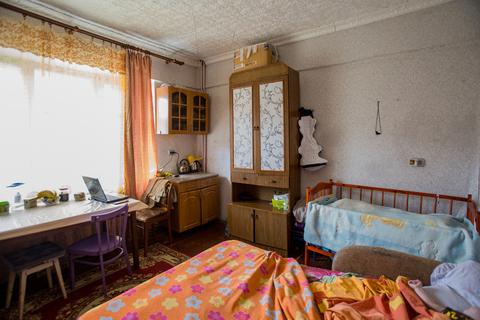 Продам комнату в многокомнатной коммунальной квартире. Исторический ., Купить комнату в квартире Ярославля недорого, ID объекта - 700697682 - Фото 1