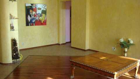 Прекрасная просторная 2-х комнатная квартира в самом центре Уфы - Фото 1