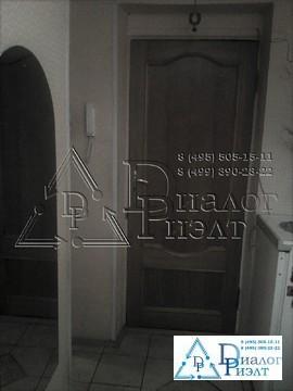 Продается большая трехкомнатная квартира в пешей доступности от метро - Фото 1
