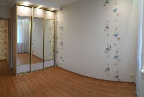 Продается 2 комнатная квартира по ул. Малоярославецкая - Фото 1