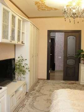 3 300 000 Руб., Большая 2-х комнатная квартира 65 кв.м. с новым ремонтом, Купить квартиру в Таганроге по недорогой цене, ID объекта - 326167653 - Фото 1