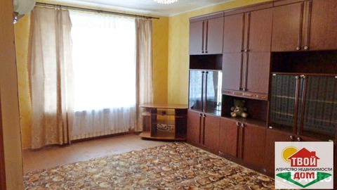 Продам 2-к квартиру в г. Белоусово, ул. Калужская, 17, 68 кв.м. - Фото 1