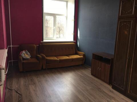 Комната 19 кв.м. в хорошем состоянии - Фото 1