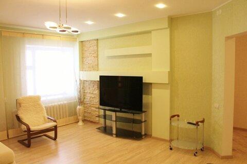 Сдаётся 3 к. кв. в новом доме на ул. Невзоровых, 47 - Фото 1