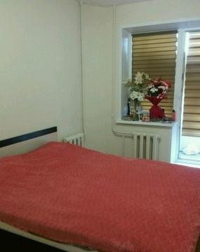 Сдам двухкомнатную квартиру на длительный срок, с мебелью и бытовой . - Фото 1