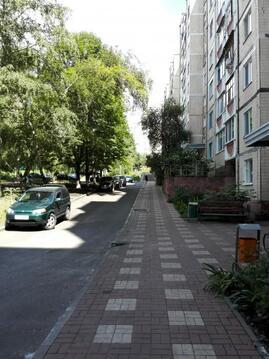 3-х комнатная квартира 60 м2 в районе Педагогического колледжа, Купить квартиру в Белгороде по недорогой цене, ID объекта - 315520352 - Фото 1