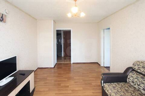 Продается двух комнатная квартира в центре города Ялуторовска - Фото 2