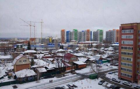 Сдам 4-комн. кв. 73 кв.м. Тюмень, Пролетарская - Фото 2