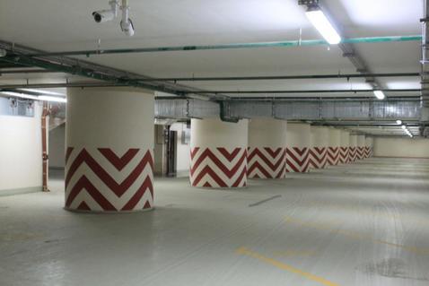 Машиноместо в подземном паркинге ЖК бизнес-класса - Фото 3