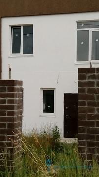 Новый двухэтажный дом с гаражом на ул. А. Головатого (пос. Борисовка) - Фото 1