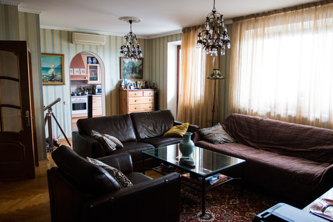 Просторная квартира, проспект 60-летия Октября, 19 - Фото 3