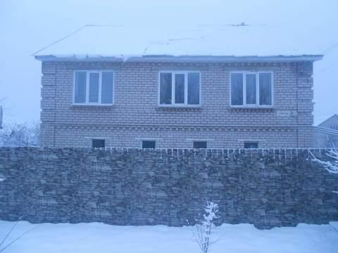 Продам кирпичный 3-этажный дом - Фото 1