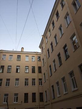Предлагается комната в 5-комнатной квартире на 10 линии, д. 15 - Фото 1