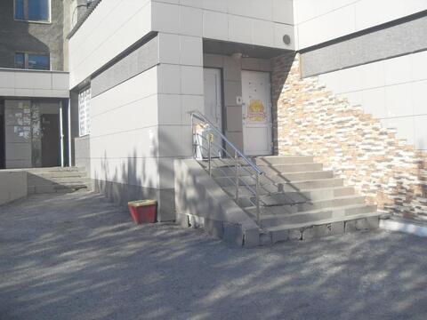 Торговая площадь, 174 кв. пр. Шахтеров - Фото 1
