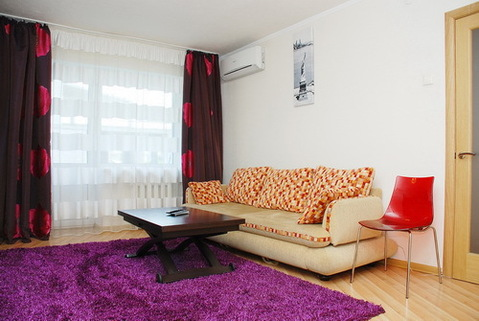 Сдается двухкомнатная квартира - Фото 1