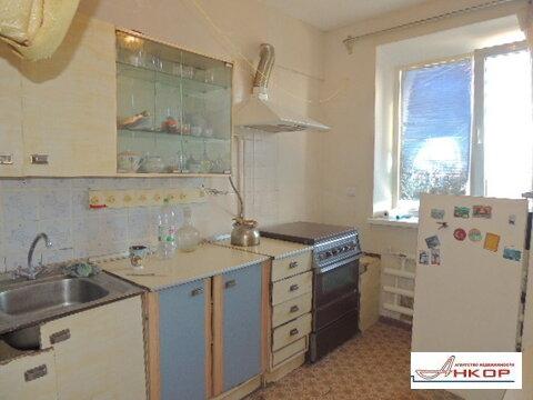 Продам двухкомнатную с раздельными комнатами на зжм - Фото 1