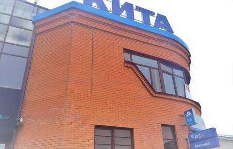 Сдам этаж в ТЦ 2 Кита Новоуральск, Свердловская область - Фото 1