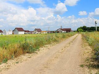 Земельный участок в коттеджном поселке «Ново-Заречное». Торг. - Фото 1