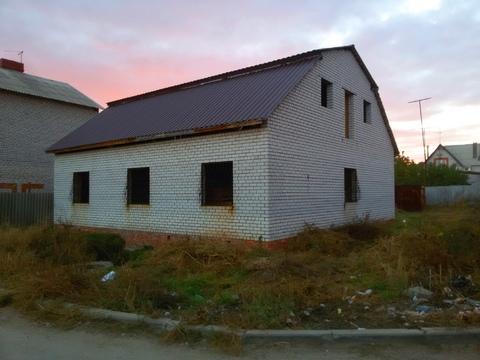 Дом 150 м2 на участке 7 сот, Новая Спартановка (п.Забазный) - Фото 1