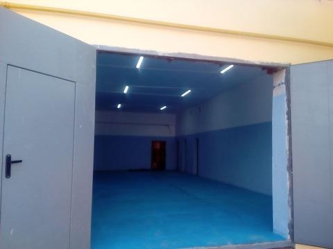 Отапливаемое помещение 200 кв.м, Аренда производственных помещений в Волгограде, ID объекта - 900241745 - Фото 1