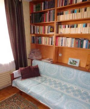Квартира советских времен, но чистая, уютная, с 2-мя балконами, очень . - Фото 2