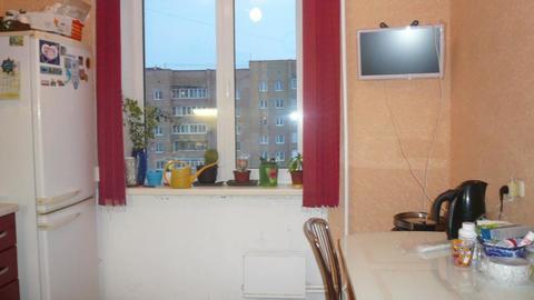 2-х комнатная квартира в Кашире 3, ул. Ленина, д.15 , к.2 - Фото 1