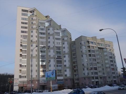 Большая 7-комнатная квартира, в центральном районе Екатеринбурга. - Фото 1