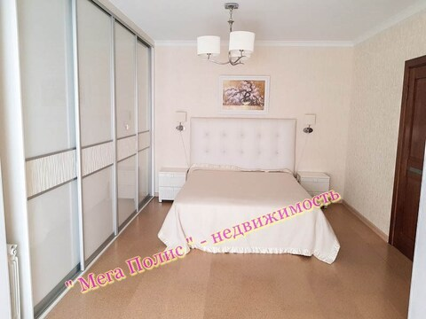 Сдается отличная 3-х комнатная квартира в новом доме ул. Звездная 10 - Фото 1