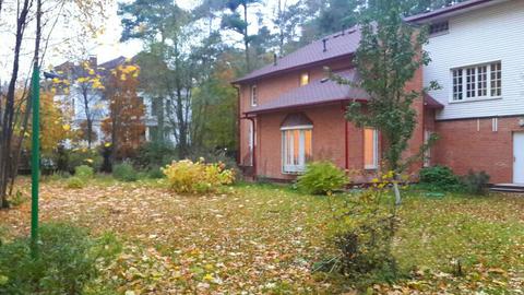 Коттедж на лесном участке на охраняемой территории в Сколково. - Фото 4