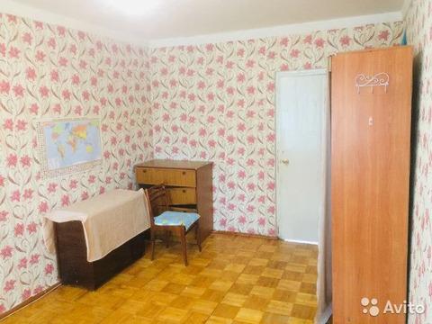 Комната 40 м в 2-к, 1/9 эт. - Фото 1