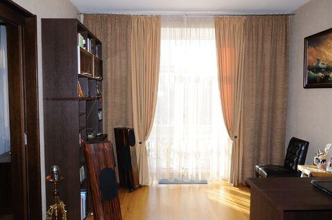 Просторная, с качественным евроремонтом, 3к квартира в теплом доме - Фото 3