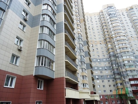 1-комнатная квартира ул. Дёмин луг 4 - Фото 1