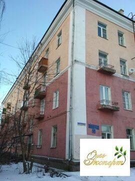 Продается двухкомнатная квартира в центре города Лосино-Петровский - Фото 1