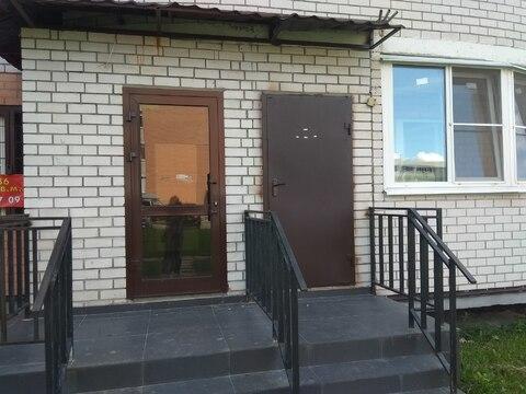 Помещение с отдельным входом, 36 кв.м. Свежий ремонт, санузел - Фото 1