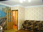 Продажа двухкомнатной квартиры на Новгородской улице, 12 в Волхове