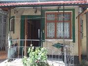 Продажа двухкомнатной квартиры в Ялте по улице Толстого.