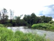 Поместье на берегу реки Тарусса