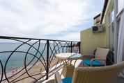 Апартаменты в Курпатах (Ялта) на берегу моря 49м2