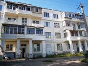 Продается комната с ок в 3-комнатной квартире, ул. Ленина
