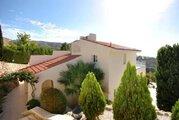 590 000 €, Шикарная 4-спальная Вилла с панорамным видом на море в районе Пафоса, Купить дом Пафос, Кипр, ID объекта - 502662087 - Фото 9