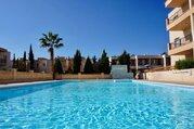 Замечательный трехкомнатный Апартамент в пригородном районе Пафоса, Купить квартиру Пафос, Кипр по недорогой цене, ID объекта - 323114126 - Фото 9