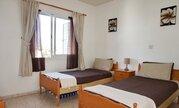 Прекрасный трехкомнатный апартамент у моря и с видом на море в Пафосе, Купить квартиру Пафос, Кипр по недорогой цене, ID объекта - 323114143 - Фото 22