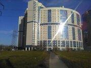 Продам трехкомнатную (3-комн.) квартиру, Космонавтов пр-кт, 37, Сан.