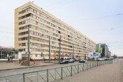 Продажа 3-х комнатной квартиры в Василеостровском районе у метро.