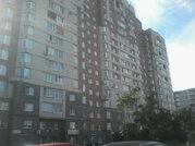Продам многокомнатную квартиру, Новоколомяжский пр-кт, 13, Санкт-Пе.
