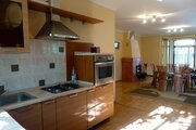 Дом (ул. Горная 25) с панорамой на город, Продажа домов и коттеджей в Алма-Ате, ID объекта - 503995303 - Фото 1