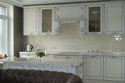 Продажа 3-х комнатной квартиры с дизайнерским ремонтом в С-Петербурге