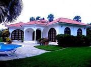 Villa on the oceanfront Diamante